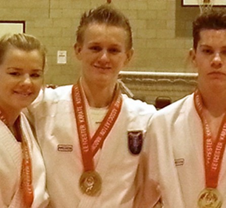 NEWThe 16&17 yrs team won Gold (Gemma, Aiden and Charlie)